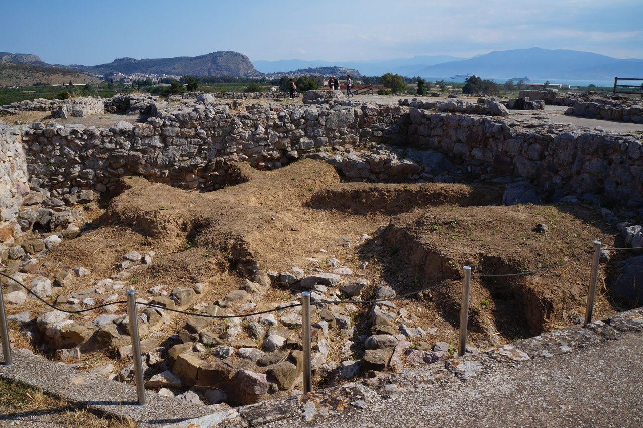Тиринф, Греция мегалит