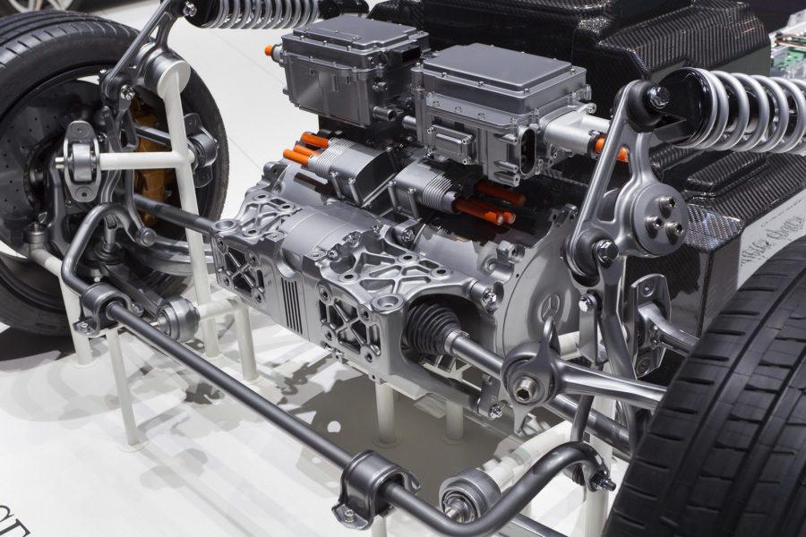 автомобиль с комбинированным двигателем