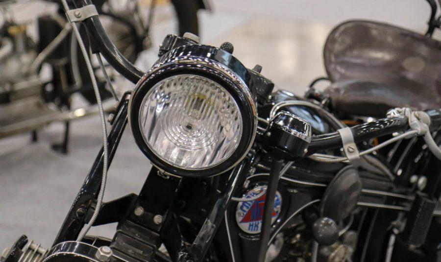 Первый советский тяжёлый мотоцикл Вид с переди